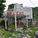 Quay Bar Cafe-Phong Superior-Phong Suite-Phong Standard-Đơn-Phong Standard-Phòng Deluxe-Nhà Ăn - Khách sạn Hùng Long Cát Bà